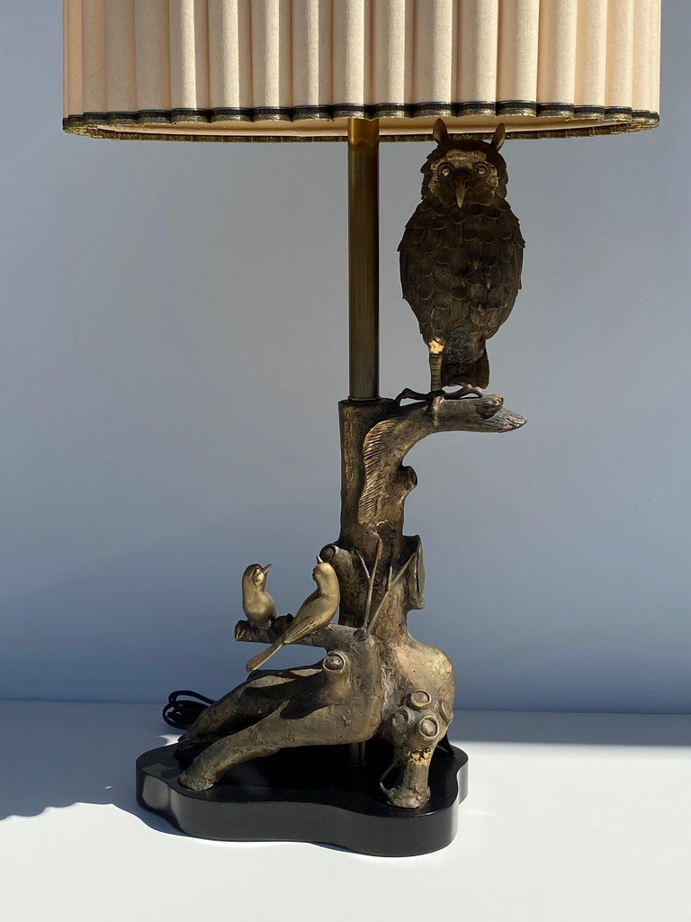 Patinated bronze owl lamp by with birds and tree trunk details by Marbro with original shade which is 17