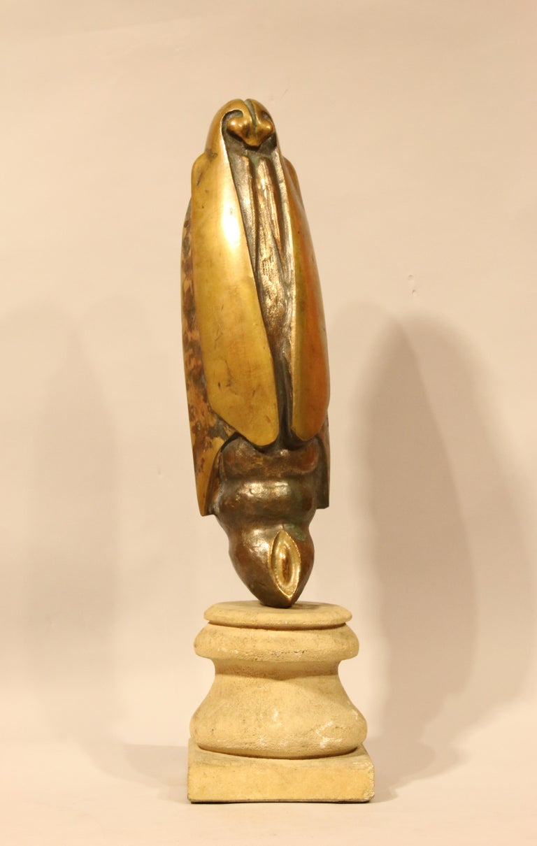 The sculpture is signed at the back but unidentified yet.