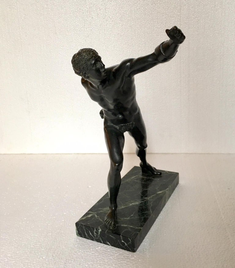 Bronze Sculpture of the Borghese Gladiator In Good Condition For Sale In Madrid, ES