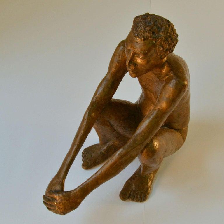 Bronze Sculpture of Waiting Man Dutch, 1986 For Sale 4