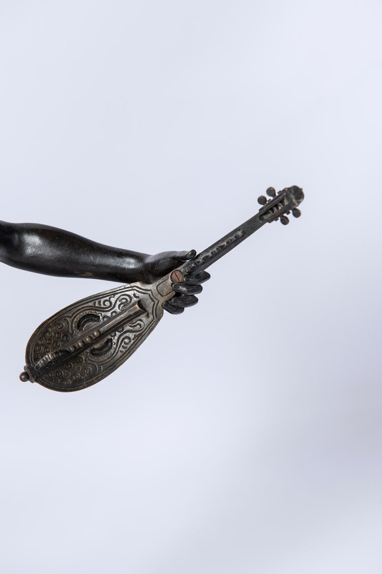 French Bronze Sculpture, Signed Laouse, France, circa 1900 For Sale