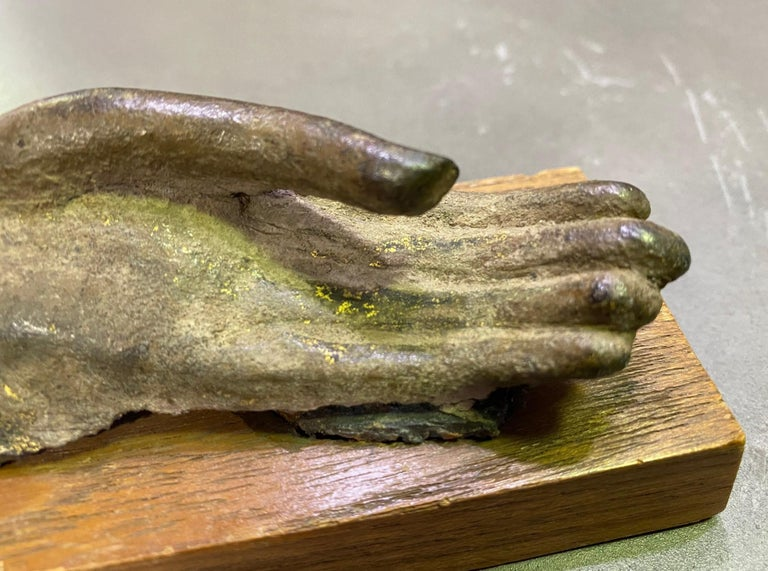 18th Century and Earlier Bronze Siamese Asian Buddha Antiquity Hand Sculpture, 15th-16th Century For Sale