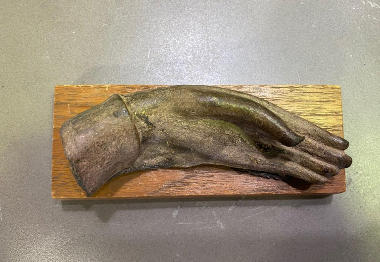 Bronze Siamese Asian Buddha Antiquity Hand Sculpture, 15th-16th Century For Sale 1