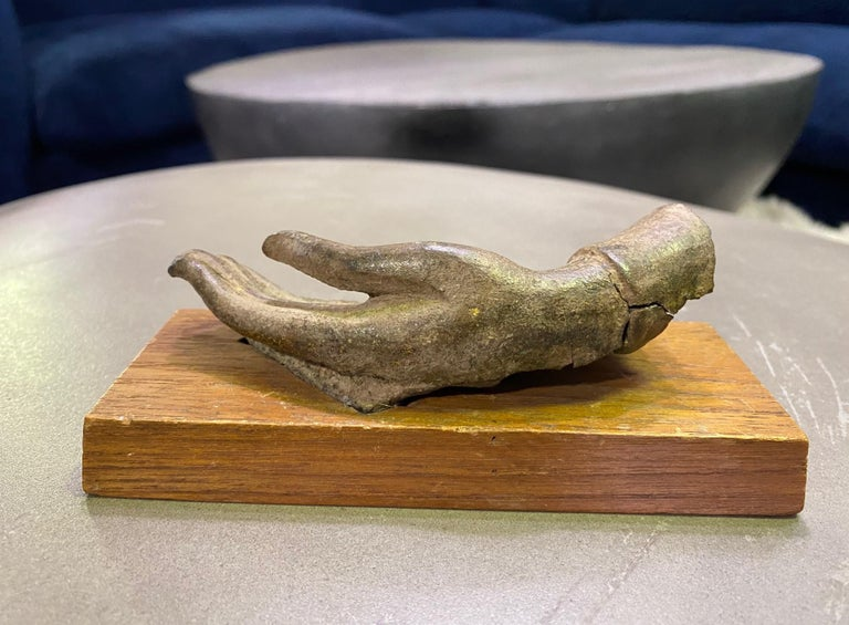 Bronze Siamese Asian Buddha Antiquity Hand Sculpture, 15th-16th Century For Sale 3