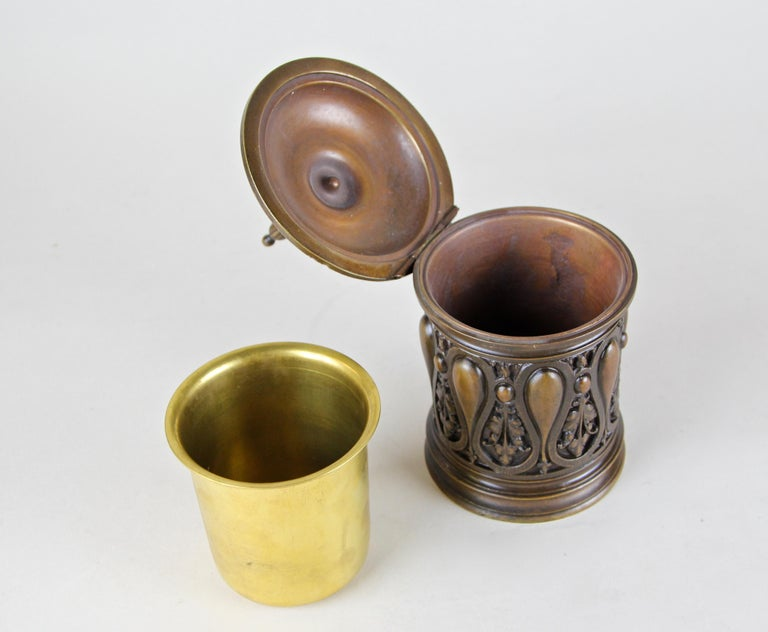 Bronze Smoking Set Marked, Germany, circa 1880 For Sale 5