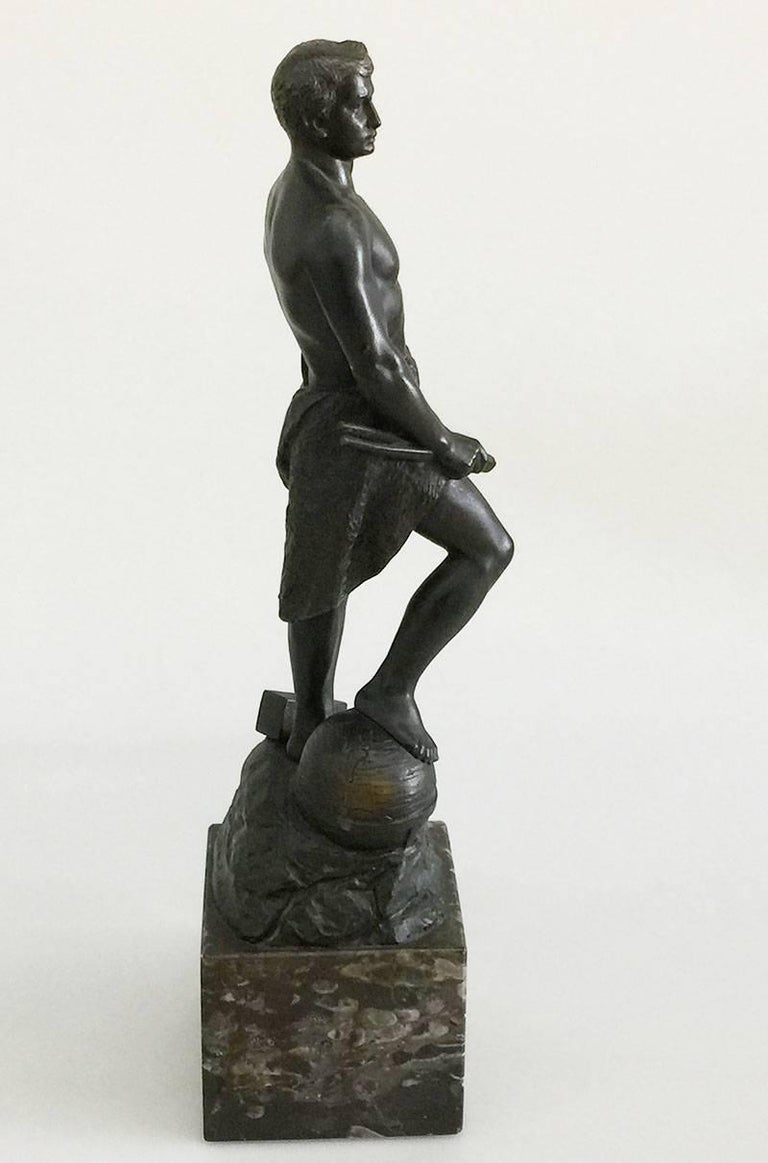 Bronze statue ofAdolf Muller-Crefeld (1863-1934)   Standing half naked man with sledgehammer  circa 1900  The size is 49 cm high 12 cm x 12 cm  The weight is 8 kg  Corner chip of the marble foot back side.