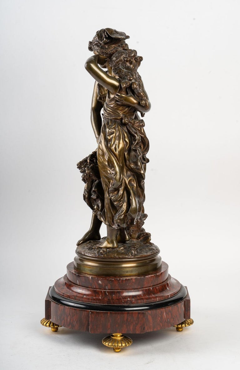 Bronze Statue Signed MOREAU, 19th Century In Good Condition For Sale In Saint-Ouen, FR