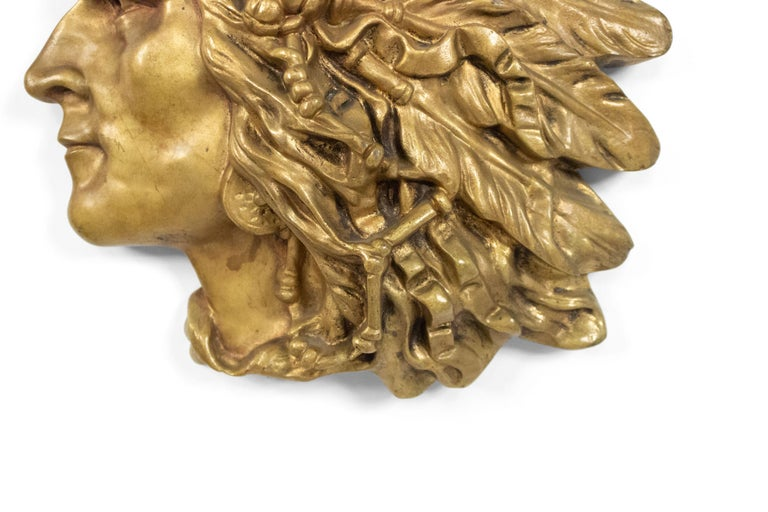 Bronze Wall Plaque of Indian Head in Profile 'First Quarter of the 20th Century' In Good Condition For Sale In New York, NY