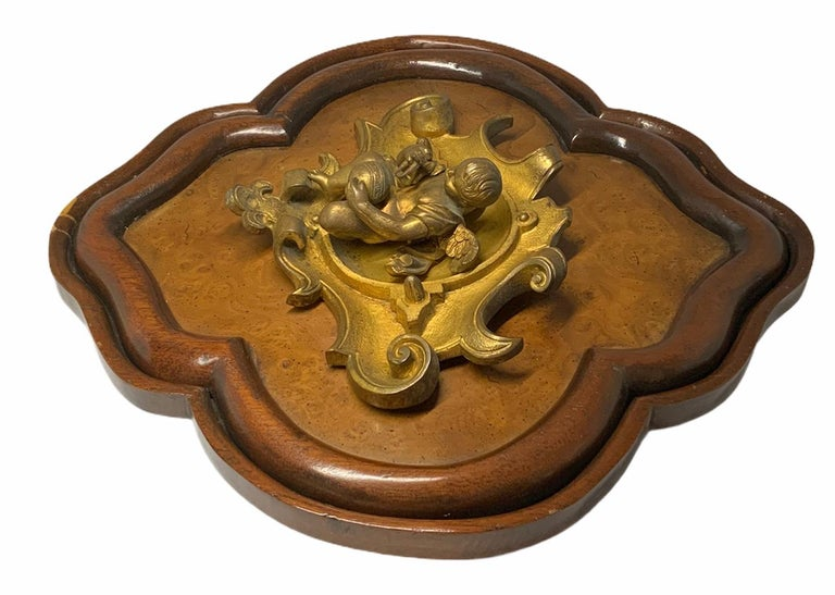 Bronze Wood Plaque of a Winged Cherub In Good Condition For Sale In Guaynabo, PR