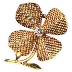 Brooch 18 Karat Gold and Diamond Four-Leaf Clover Sterle of Paris, circa 1950