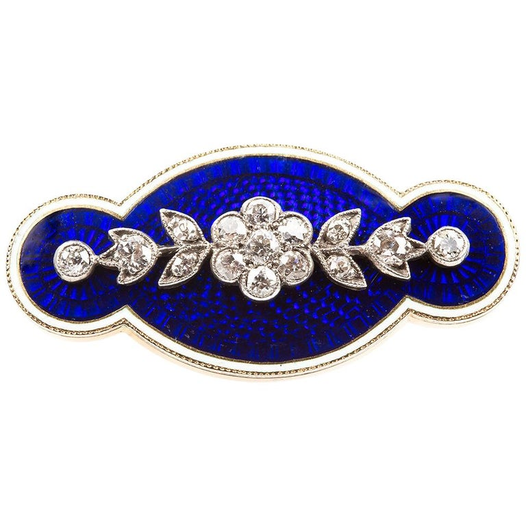 Brooch Antique Diamond Blue and White Enamel Oval in 18 Carat Gold, circa 1890 For Sale