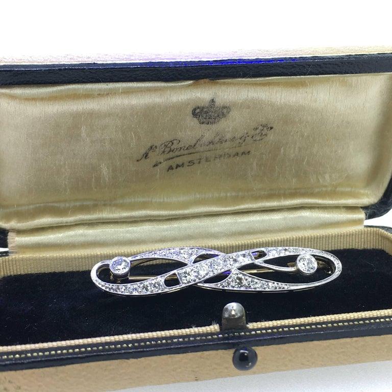Brooch, Art Deco, White Gold, Diamond For Sale 2