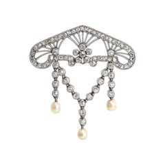 Brooch Art Nouveau Diamond and Natural Pearl of Openwork Design, circa 1900