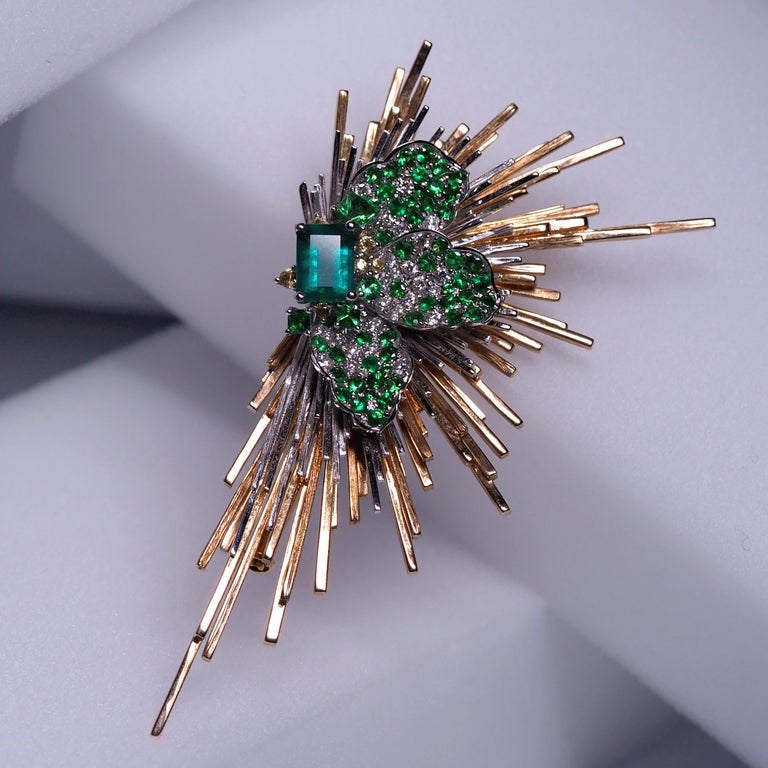 Brooch of Emerald Diamond Tsavorite Sapphire Gold Antique Inspired Unisex Jewel For Sale 1