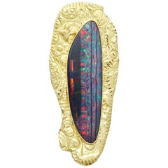 Brooch/Pendant of Australian Opal set in 18 Karat Textured Gold Surround