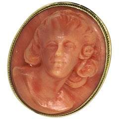 Brooch, Pendant, Yellow Gold, 18 Carat, Antique, Mediterranean Red Coral