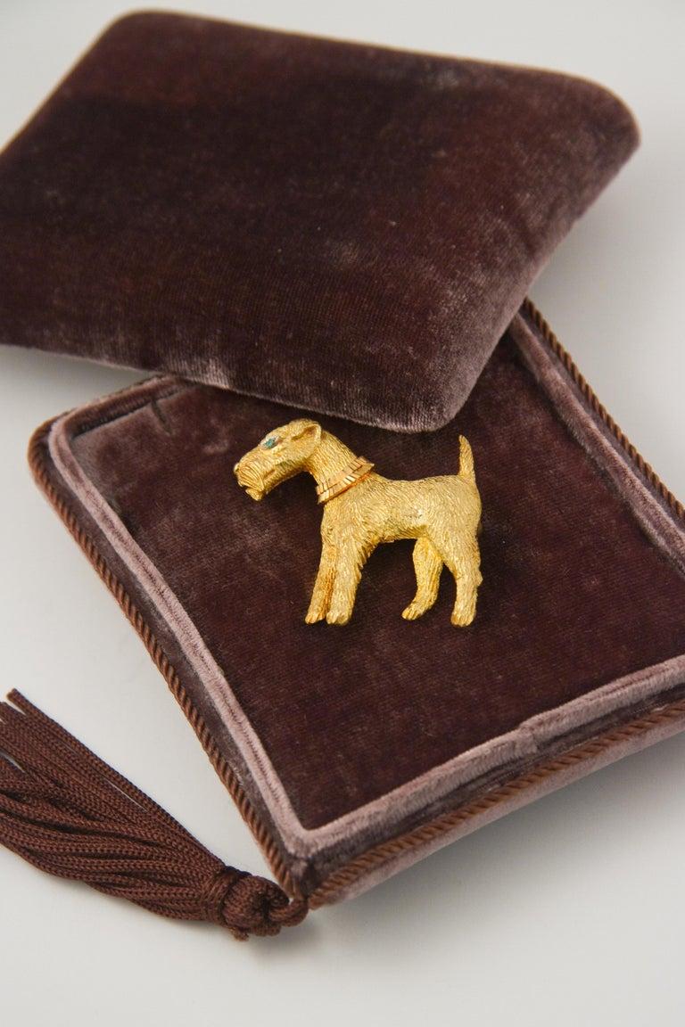 Artist Fox-Terrier 18kt  Gold Pin For Sale
