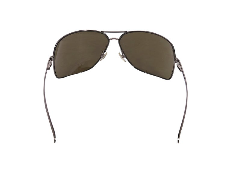Chanel Brown Aviator Sunglasses In Good Condition For Sale In New York, NY