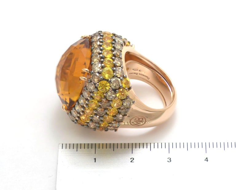 Round Cut Brown Diamond Yellow Sapphire Citrin Quartz 18Kt Yellow Gold Cocktail Ring For Sale
