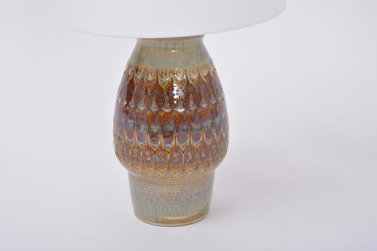Brown Handmade Mid-Century Modern Danish Stoneware Table Lamp by Soholm Stentoj In Good Condition For Sale In Berlin, DE