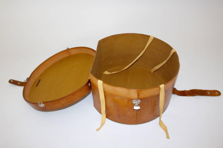 Mid Century Modern Vintage Brown Leather Case Austria, circa 1950 For Sale 1