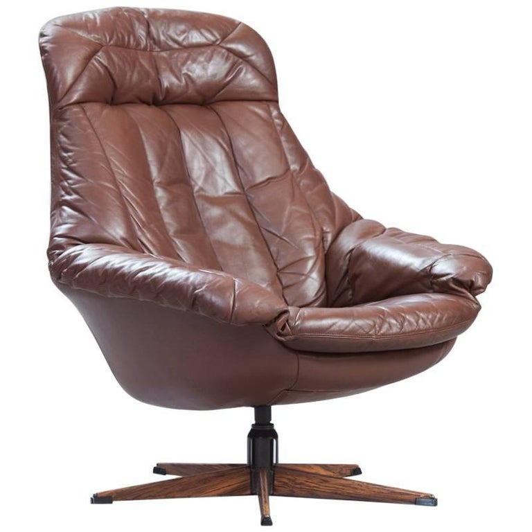 "Brown Leather ""Silhouette"" Lounge Chair by H.W. Klein for Bramin Mobler"