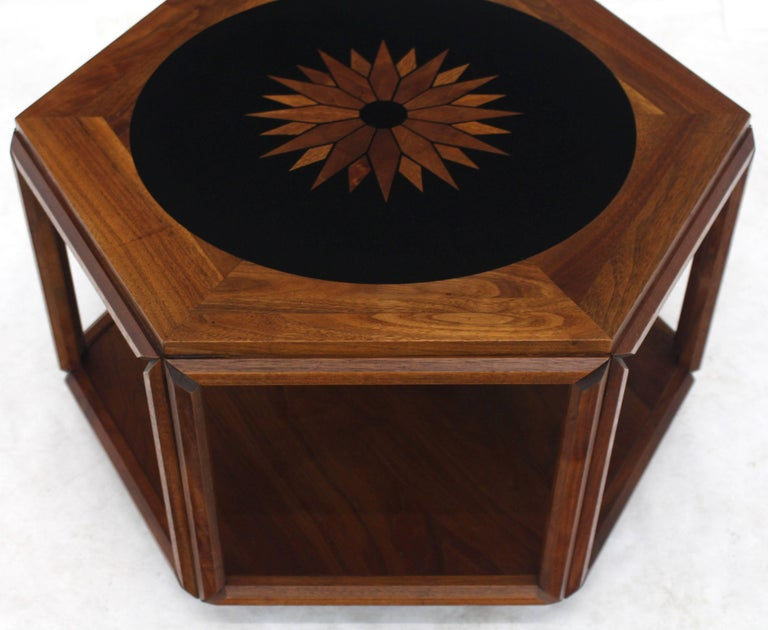 Brown Saltman Hexagonal End Table with Sunburst Inlay In Good Condition For Sale In Rockaway, NJ
