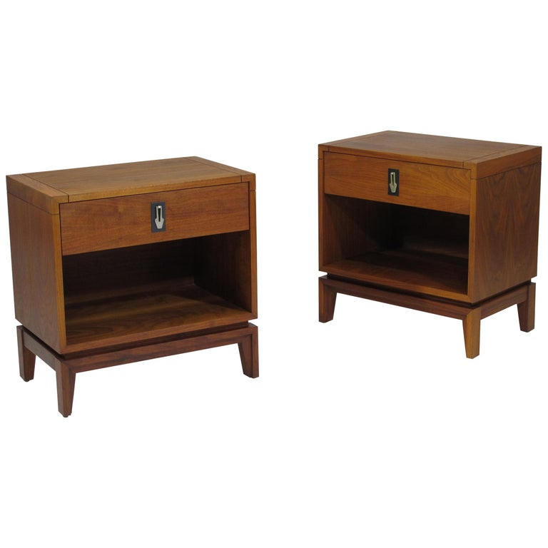 Brown Saltman Walnut Nightstands For Sale
