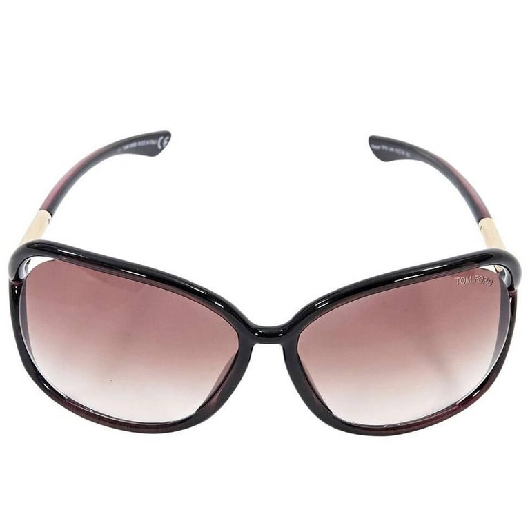 0431f971eb Brown Tom Ford Rectangular Sunglasses For Sale at 1stdibs