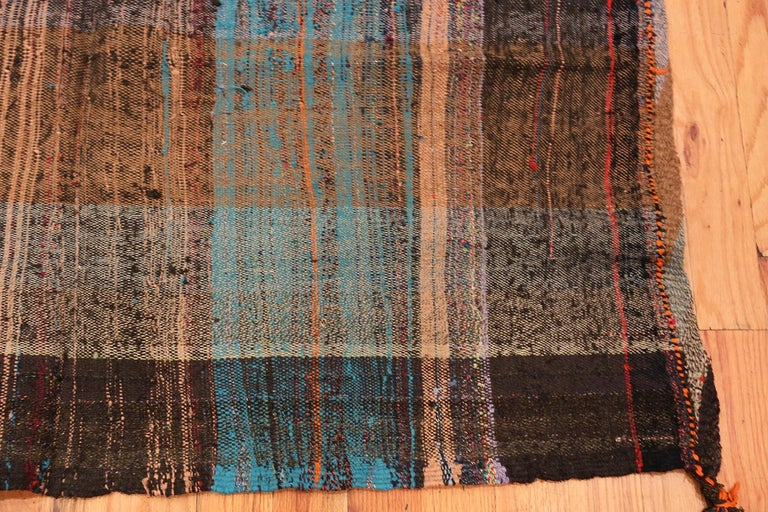 Brown Vintage Persian Kilim Rug. Size: 5 ft x 6 ft 9 in In Good Condition For Sale In New York, NY