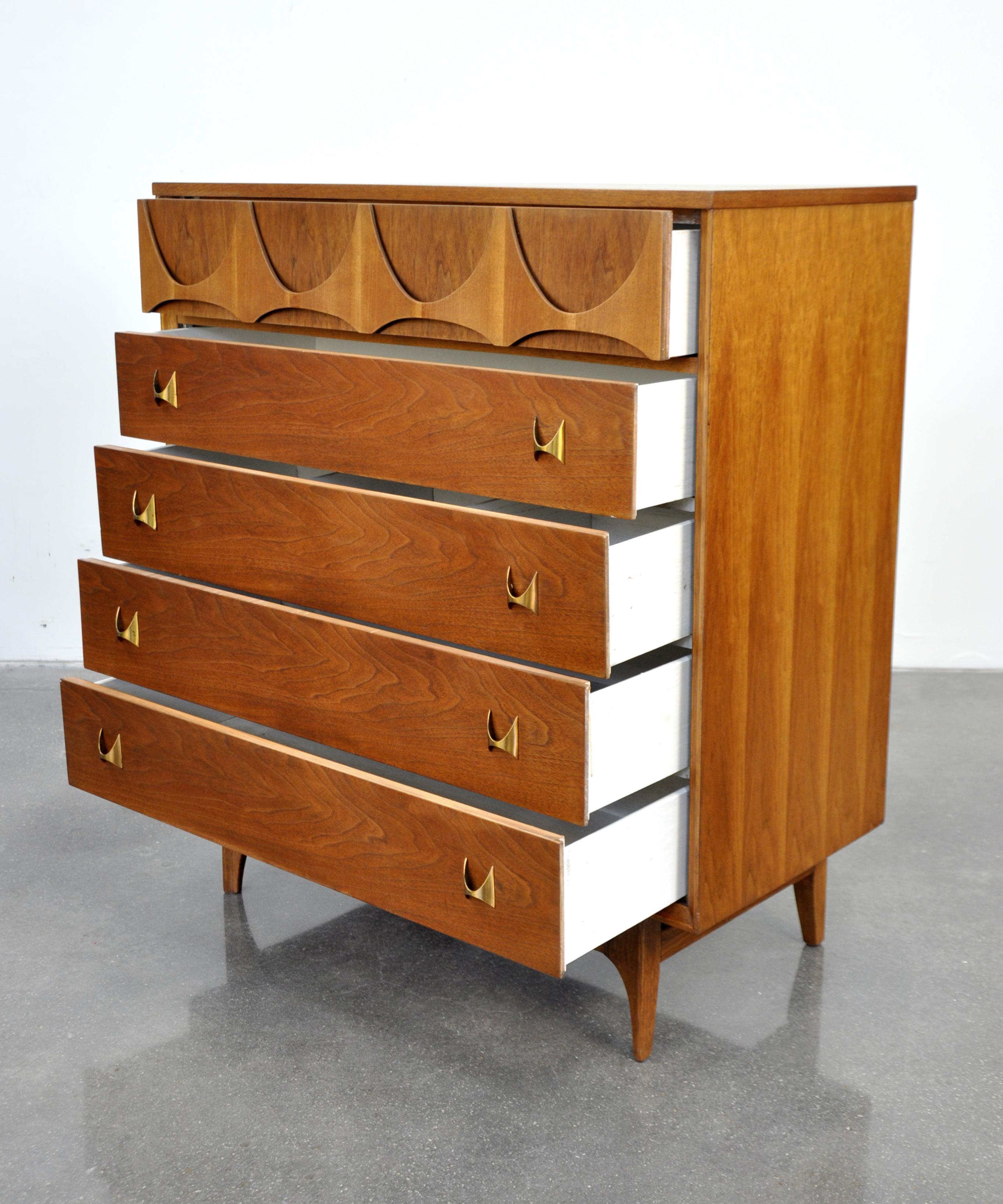 7b6fff29b Broyhill Brasilia Highboy Dresser at 1stdibs