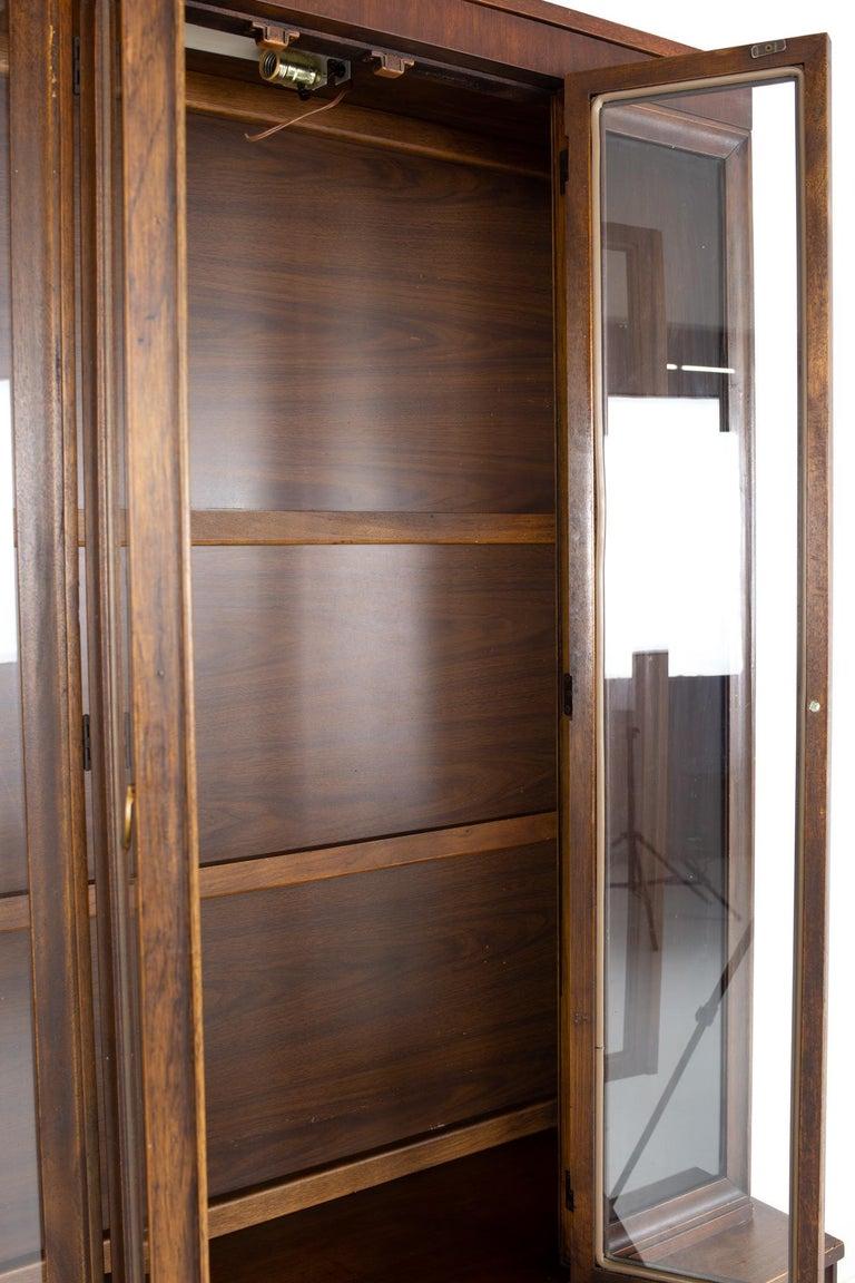 American Broyhill Brasilia II Mid Century Plinth Base Sideboard Credenza Buffet and Hutch For Sale