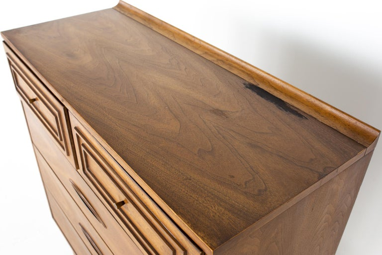 Late 20th Century Broyhill Sculptra Brutalist Mid Century Walnut 5 Drawer Highboy Dresser For Sale