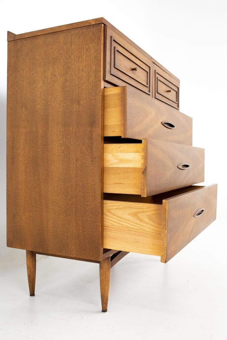 Copper Broyhill Sculptra Brutalist Mid Century Walnut 5 Drawer Highboy Dresser For Sale