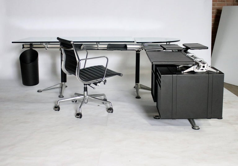 Bruce Burdick Executive Desk for Herman Miller For Sale 2