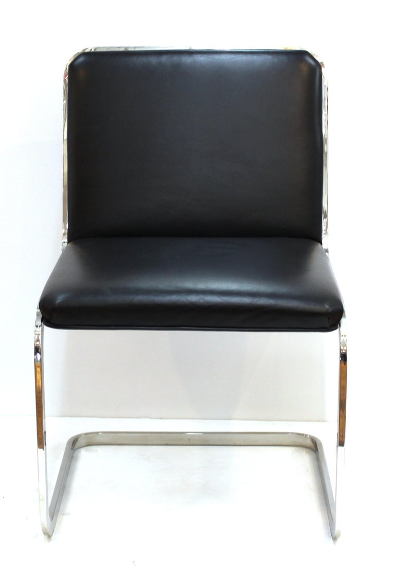 Brueton Mid-Century Modern Chrome Dining Chairs with Leather Upholstery In Good Condition For Sale In New York, NY