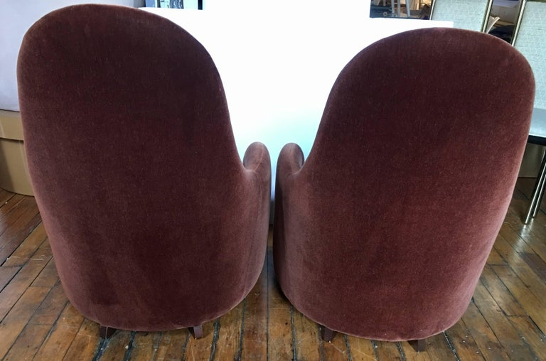 Brueton Mohair Sculptural Curved Modern Lounge Chairs, Pair In Good Condition For Sale In Lambertville, NJ