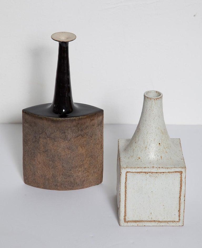 Brown glazed ceramic vase by Bruno Gambone, Italy, circa 1960. Signed