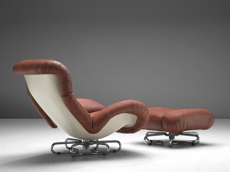 Italian Bruno Gecchelin for Busnelli Lounge Chair and Ottoman in Red Leather For Sale