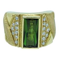 Bruno Guidi 18 Karat Gold Green Tourmaline and Diamond Ring