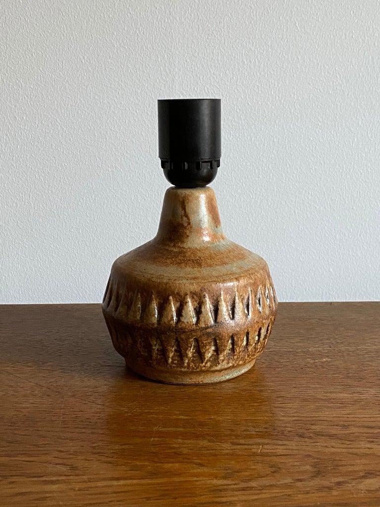 Mid-Century Modern Bruno Karlsson, Small Table Lamp, Glazed Stoneware, Studio Ego, Sweden, 1960s For Sale