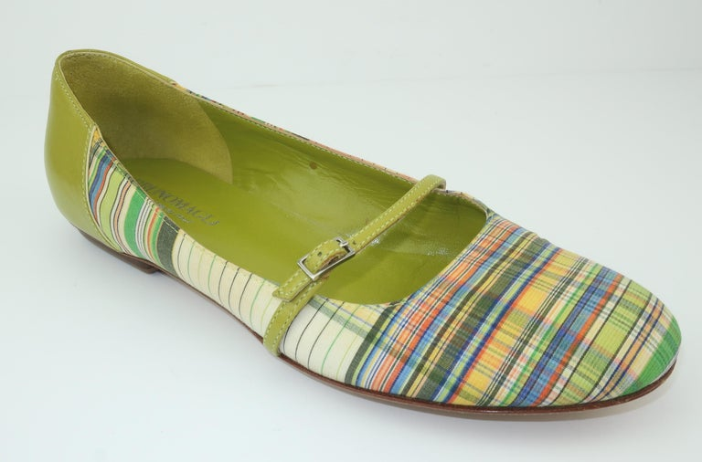 Bruno Magli Plaid Fabric & Green Leather Mary Jane Shoes Sz 6 B For Sale 4