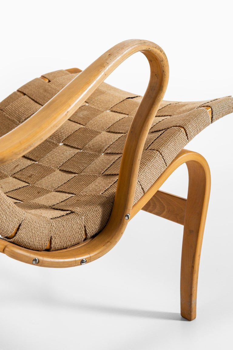 Bruno Mathsson Easy Chairs with Stools Model Pernilla Produced by Karl Mathsson For Sale 2