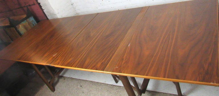 Bruno Mathsson Extending Teak Table In Good Condition For Sale In Brooklyn, NY