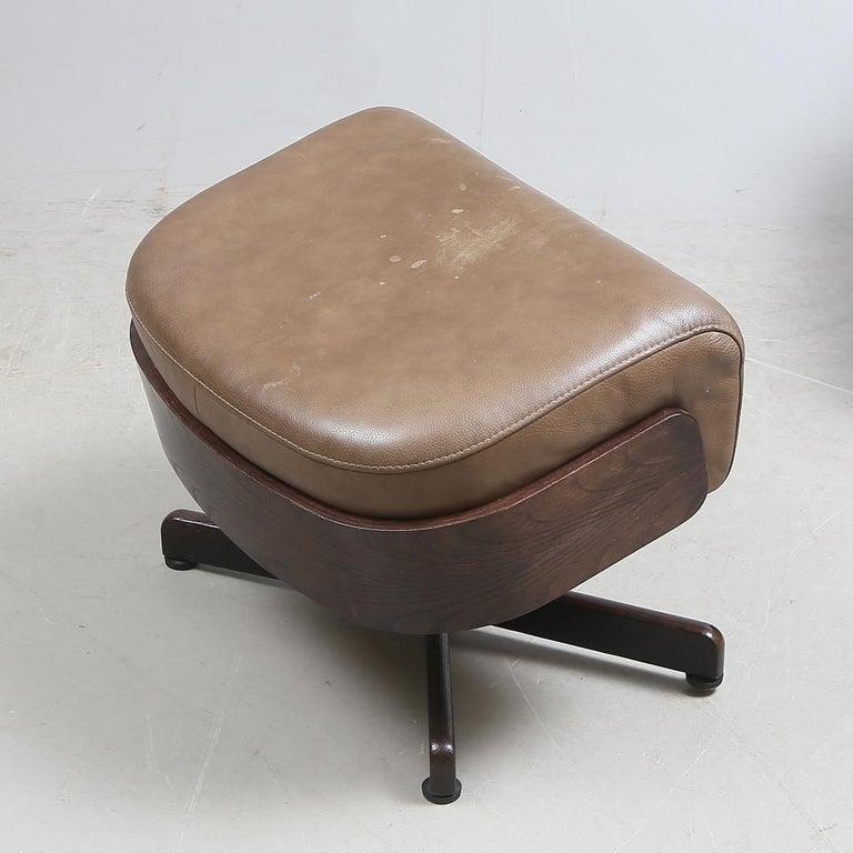 Brunstad Møbler Amanda Leather Armchair with Ottoman For Sale 2