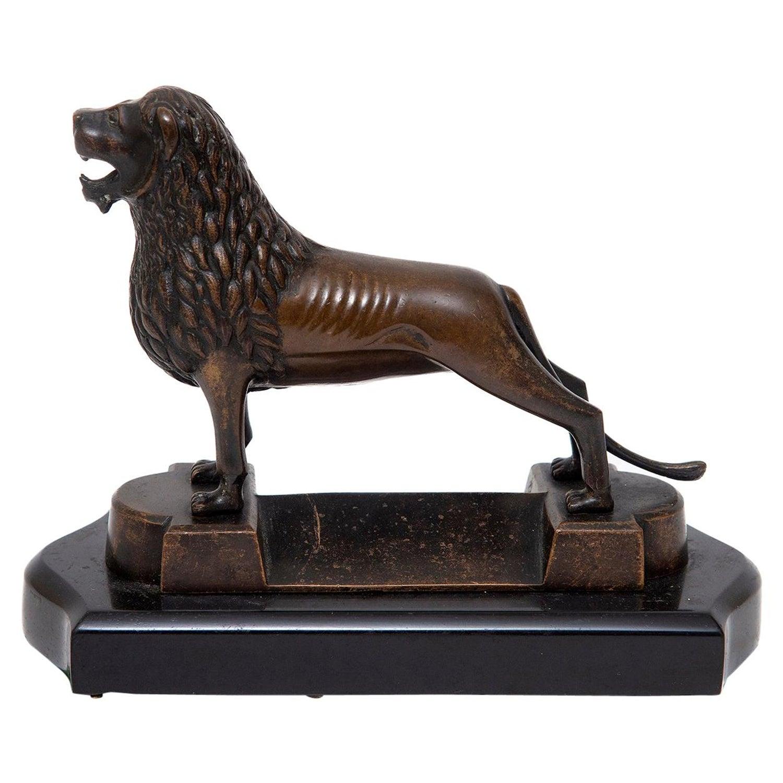 Brunswick Lion Bronze German Model Black Marble, 19th Century