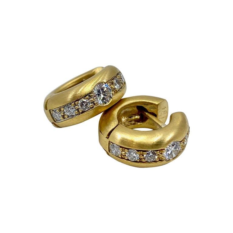 Brushed 18 Karat Yellow Gold Huggie-Style Hoops with Diamonds
