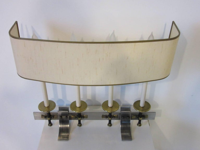 20th Century Brushed Metal and Brass Table Lamp in the Manner of Stiffel and Tommy Parzinger For Sale