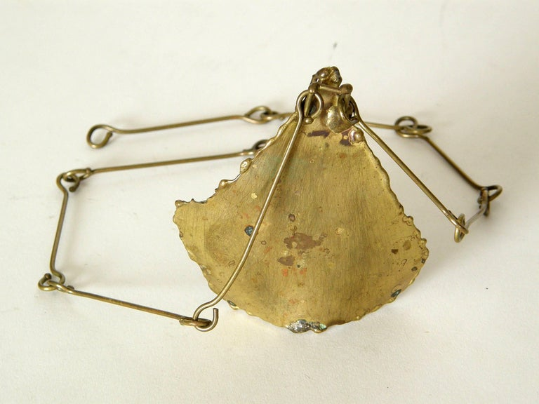 Brutalist Brass Necklace with Sculptural High Relief Pendant For Sale 1