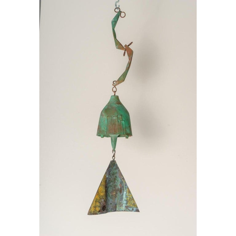Brutalist Bronze Wind Chime by Paolo Soleri In Good Condition For Sale In West Palm Beach, FL